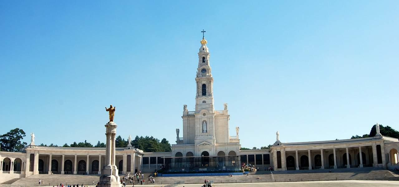 Fatima - zwiedzanie, jak dojechać? Praktyczny przewodnik