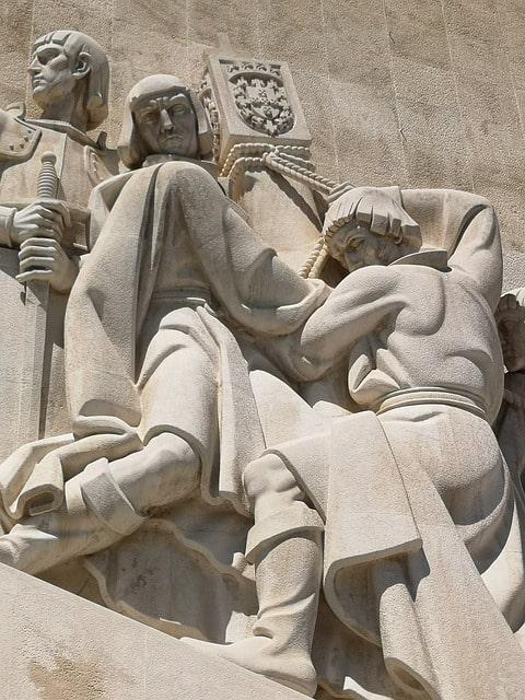 Bartolomeu Dias i Diogo Cao na pomniku odkrywców w Lizbonie