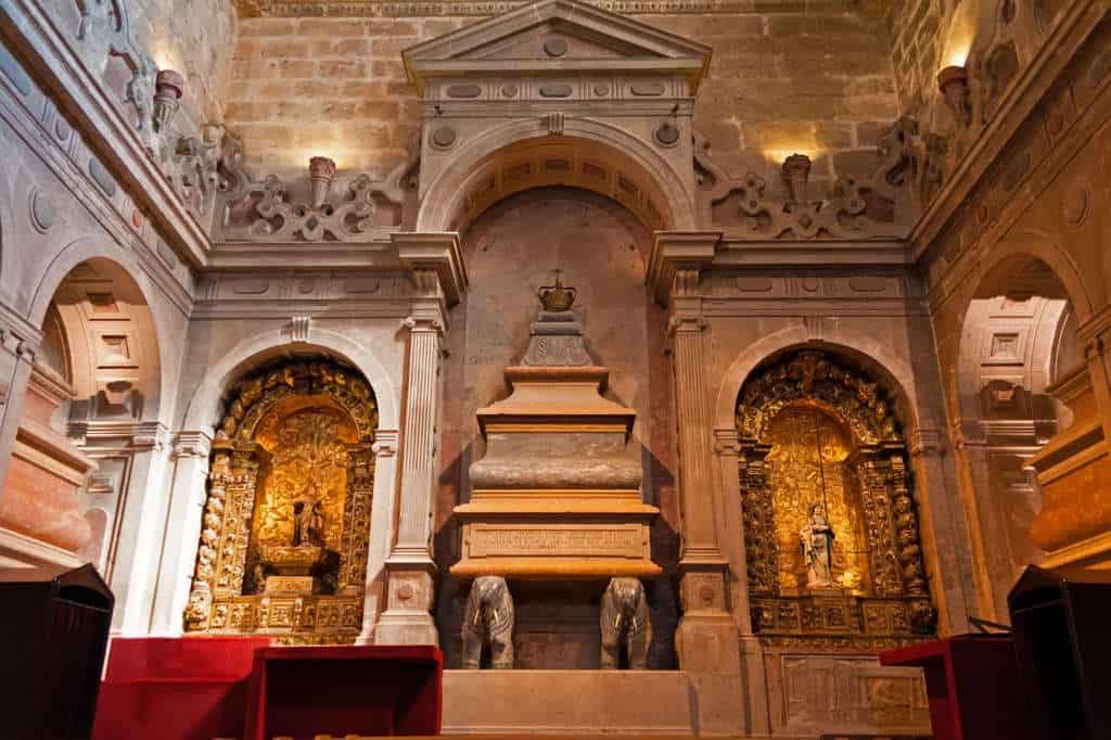 Grobowiec Króla Henrique w klasztorze Hieronimitów