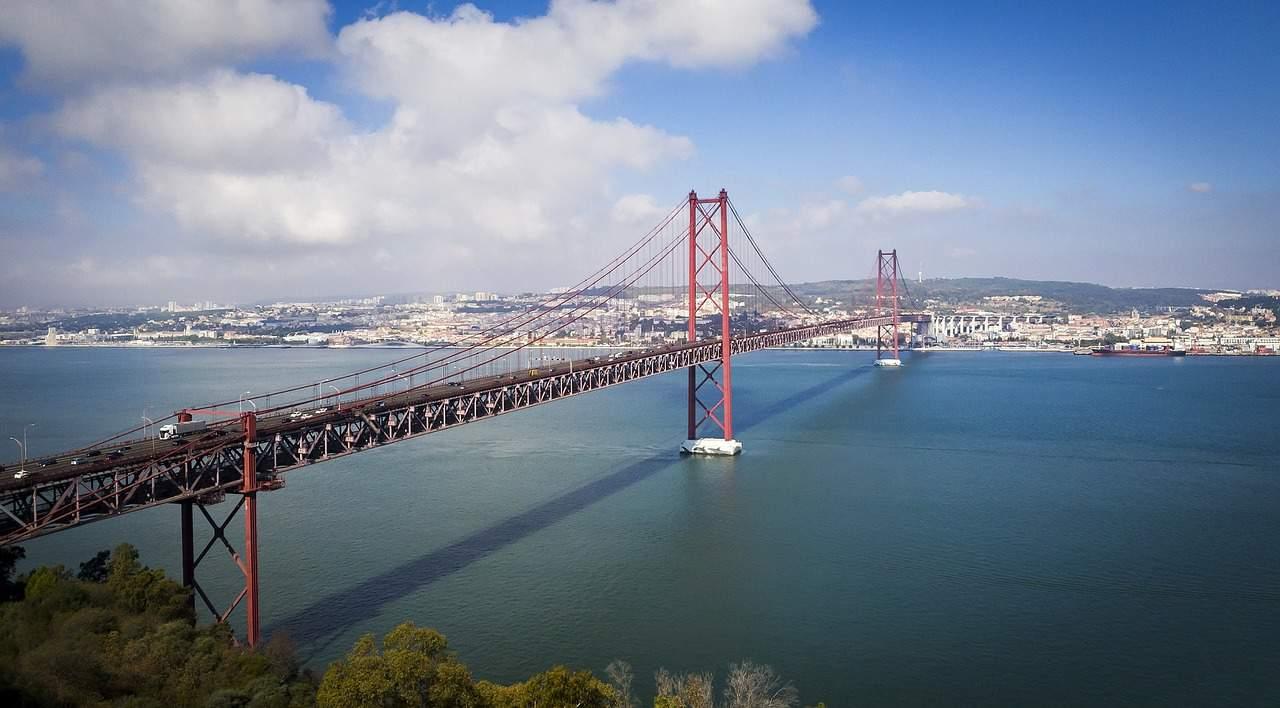 Most 25 kwietnia w Lizbonie