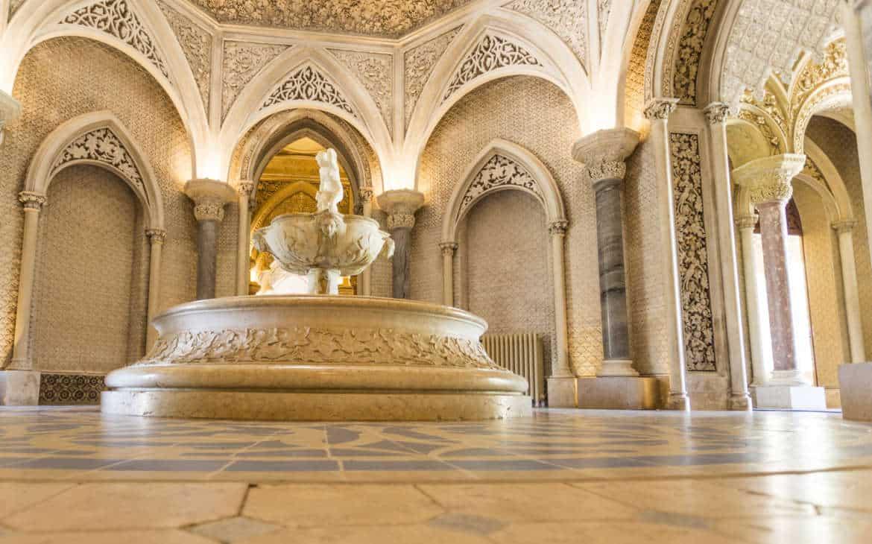 fontanna w pałacu Monserrate