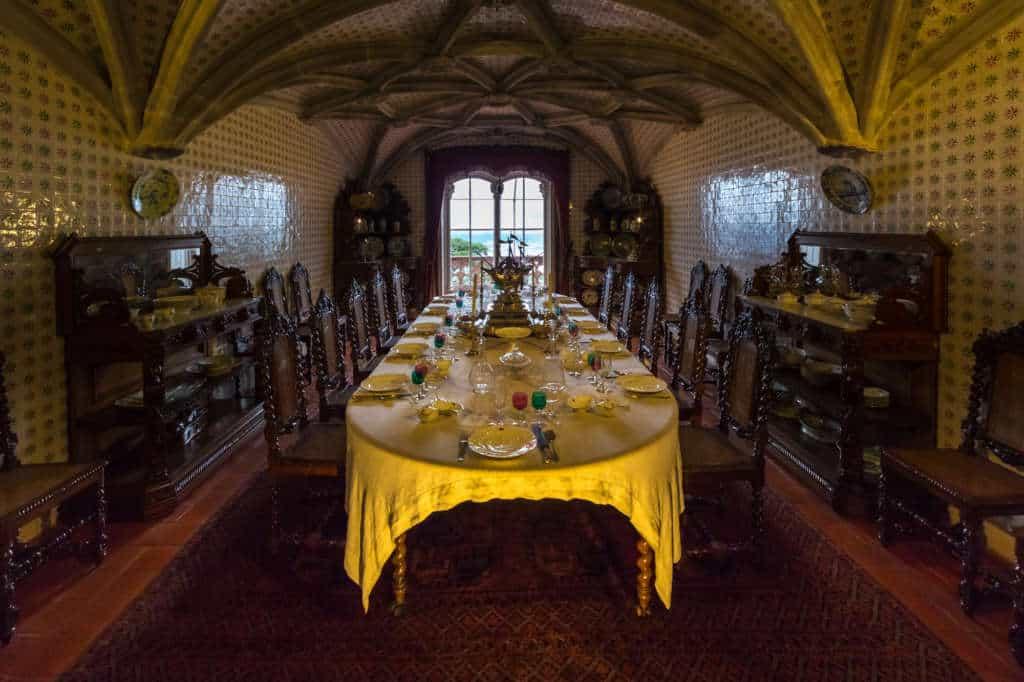 jadalnia w pałacu Pena