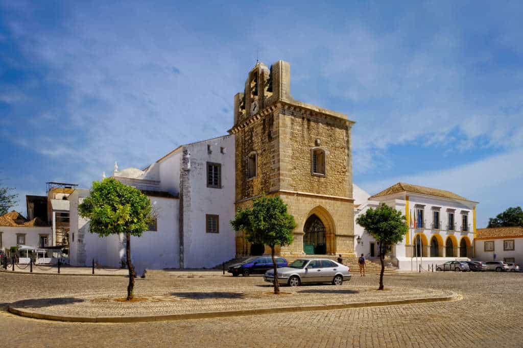 katedra Se w Faro front