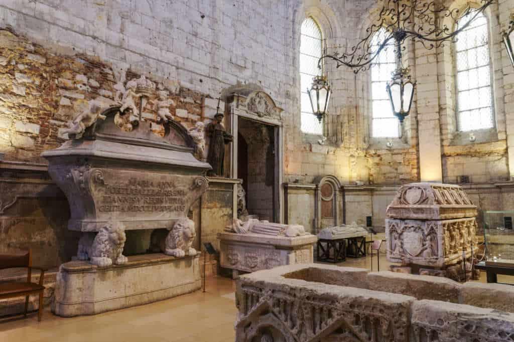 muzeum archeologiczne carmo w klasztorze karmelitów