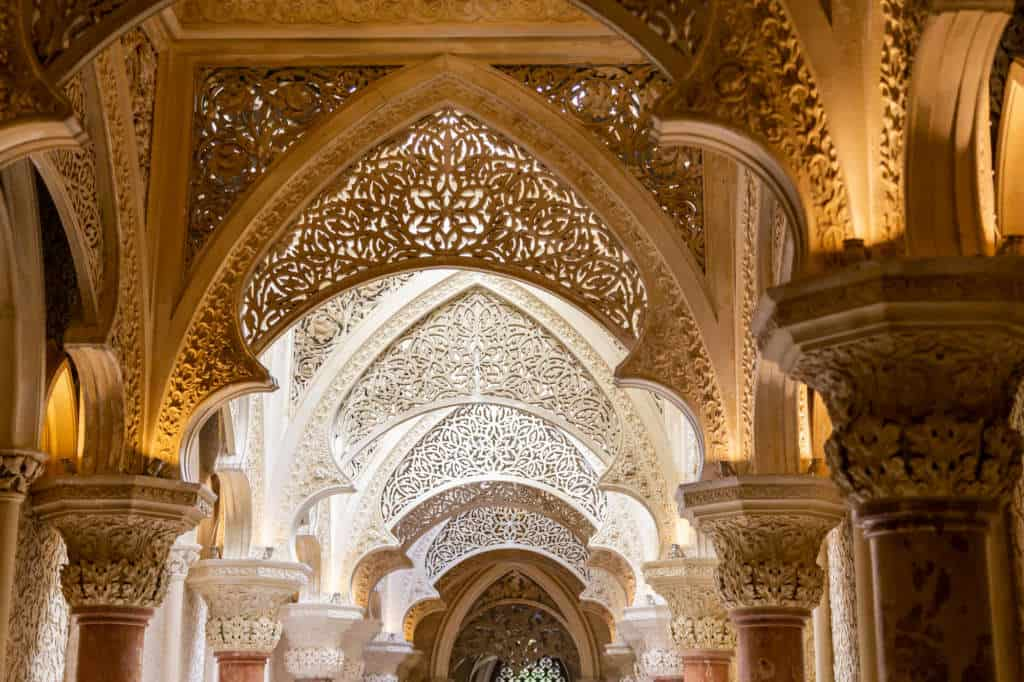 Pałac Monserrate to ciekawe, orientalne detale