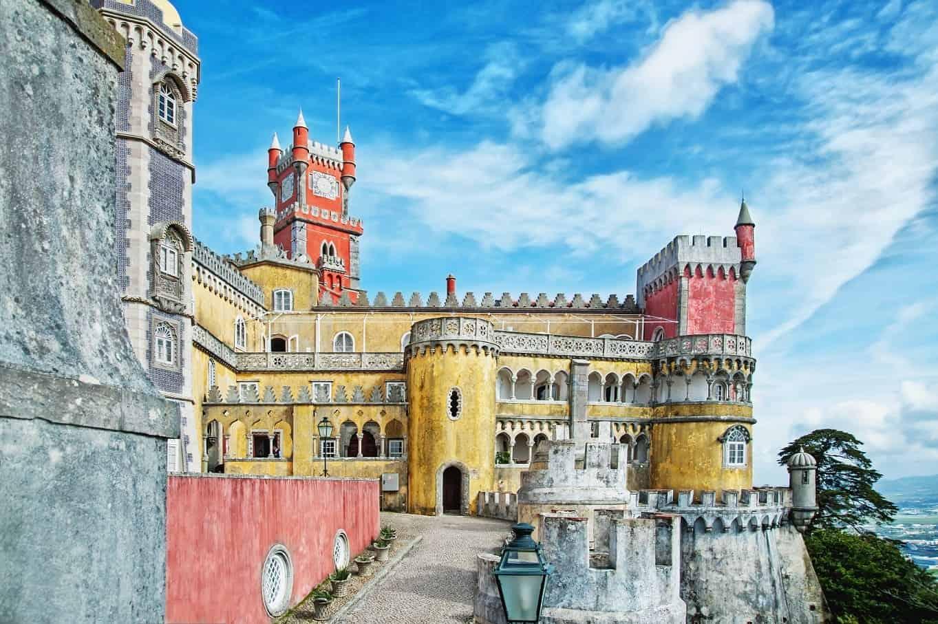 Pałac Pena - zamek z baśni w Sintrze