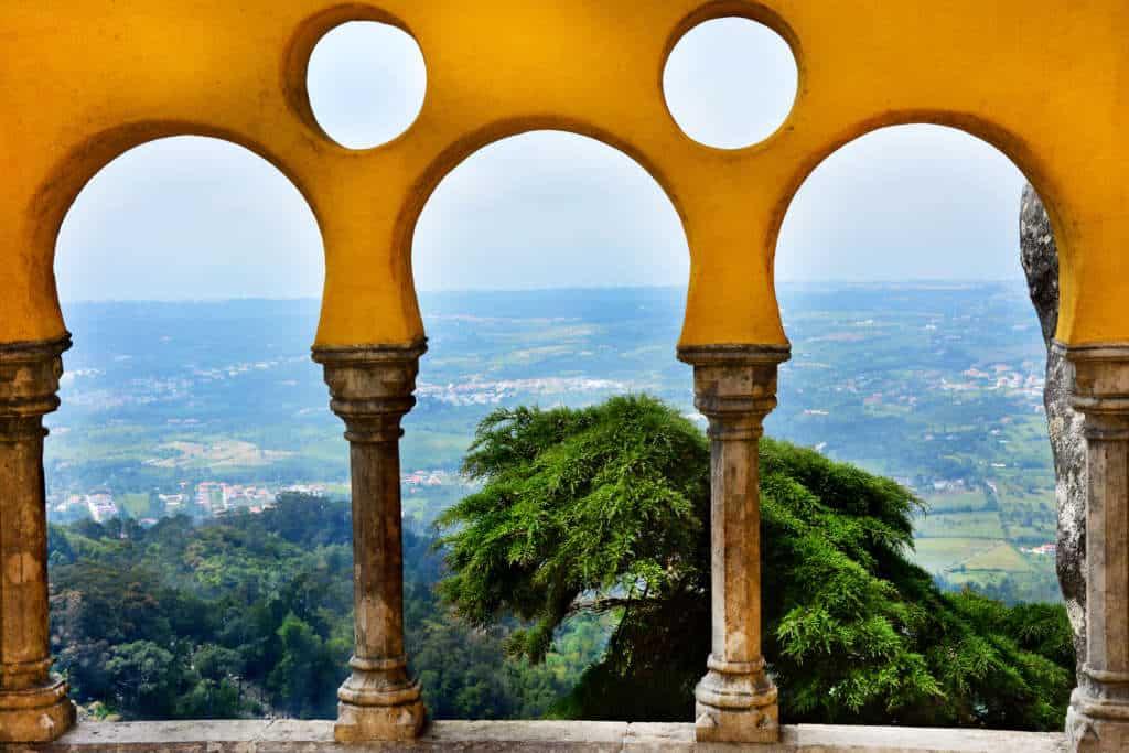 widok z pałacu Pena