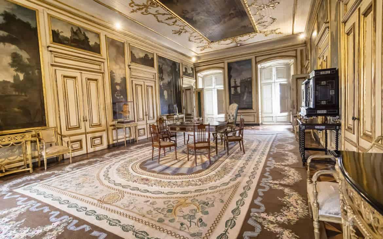 bogaty pokój w pałacu