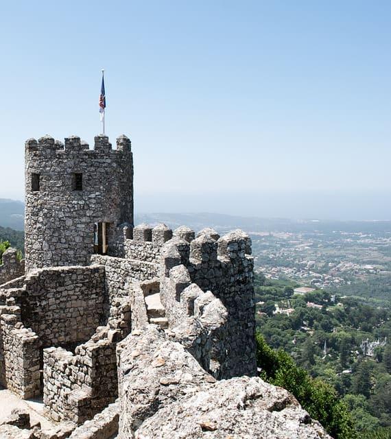 wieża na zamku Maurów