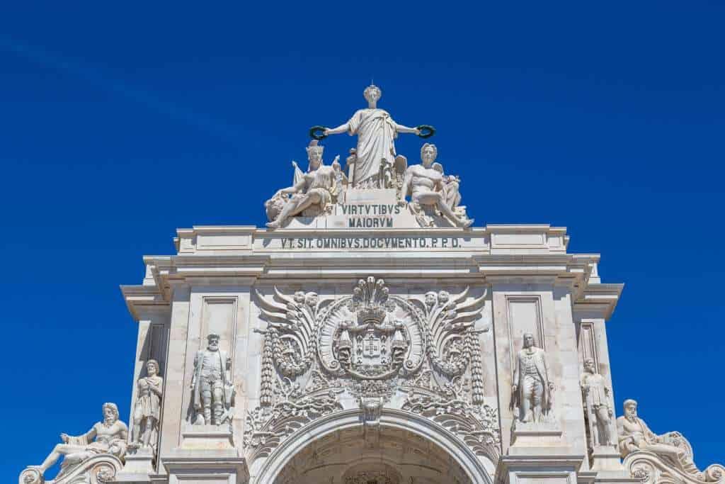 łuk triumfalny na Praca do Comercio