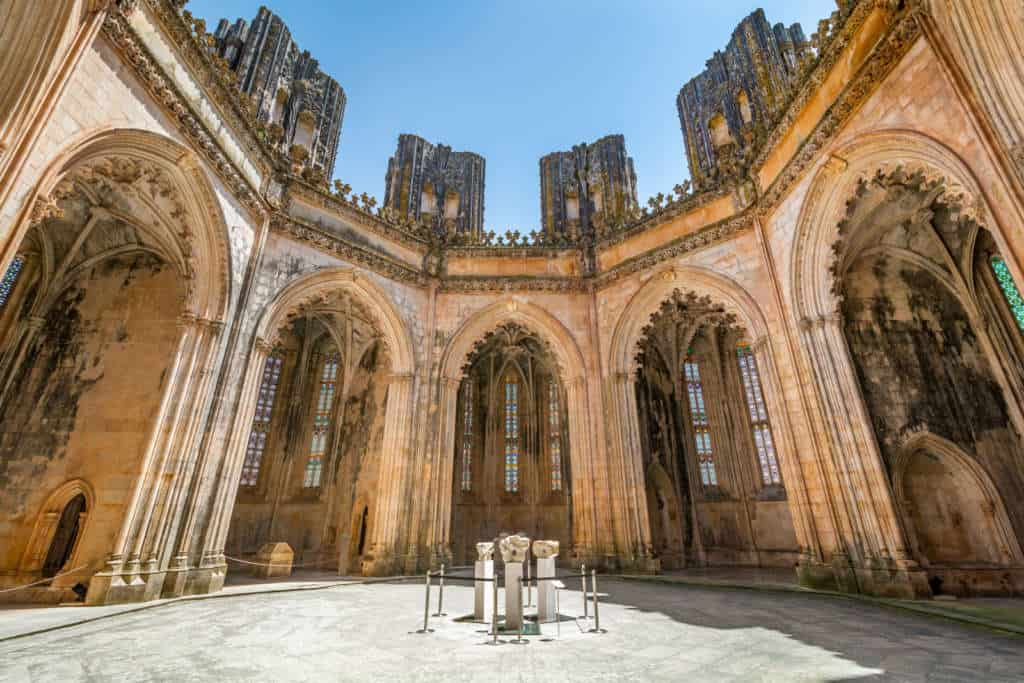 Niedokończone kaplice w klasztorze Batalha