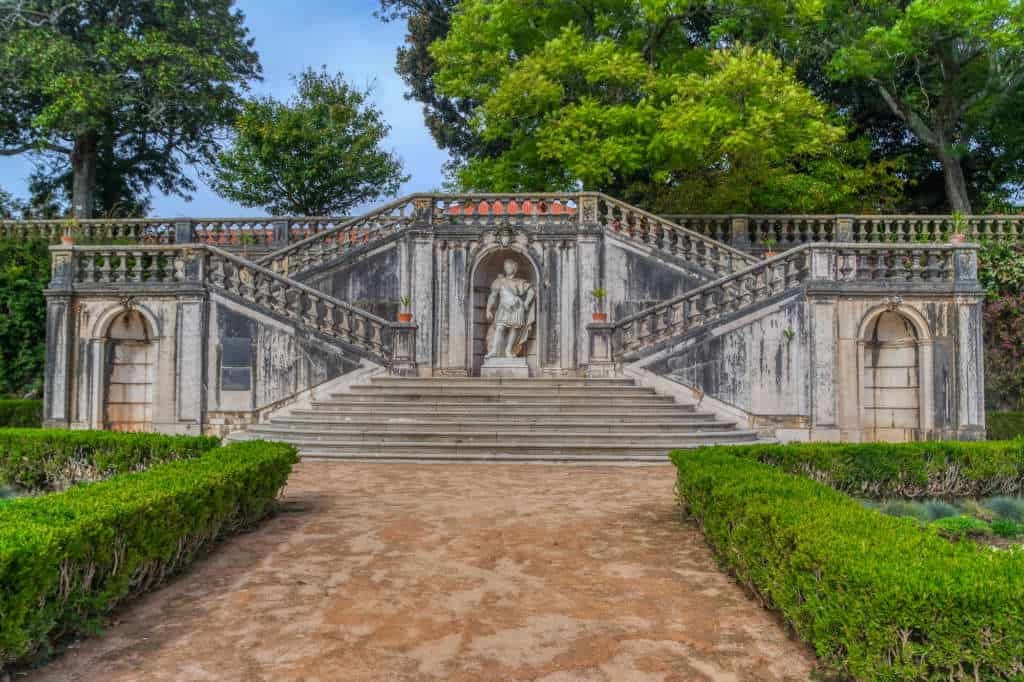 schody w ogrodzie Ajuda