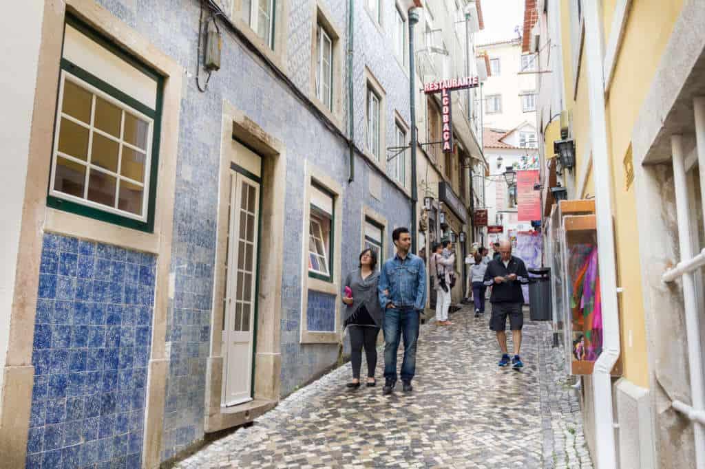 Uliczki starego miasta w Sintrze