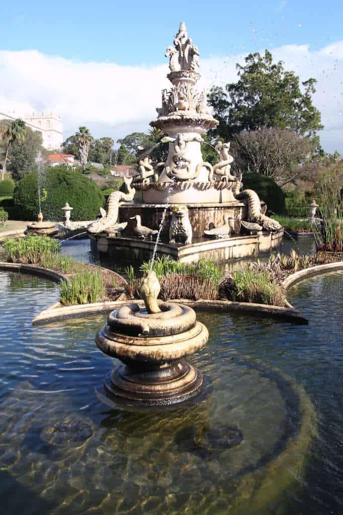 fontanna w ogrodzie Ajuda