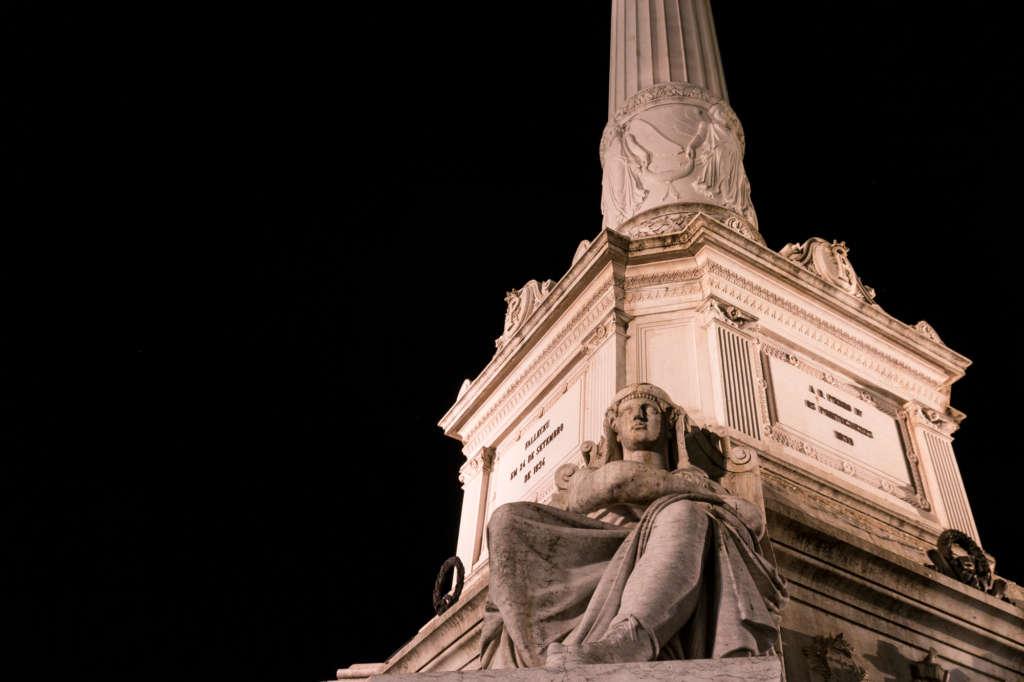 pomnik na placu Rossio
