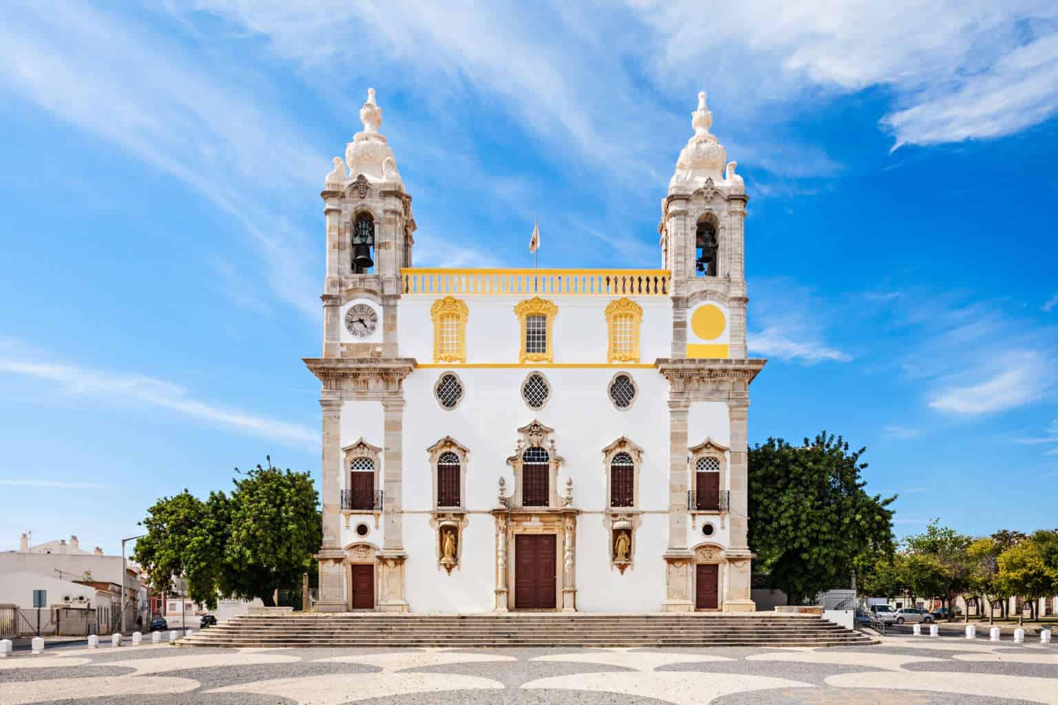 Igreja do Carmo w Faro