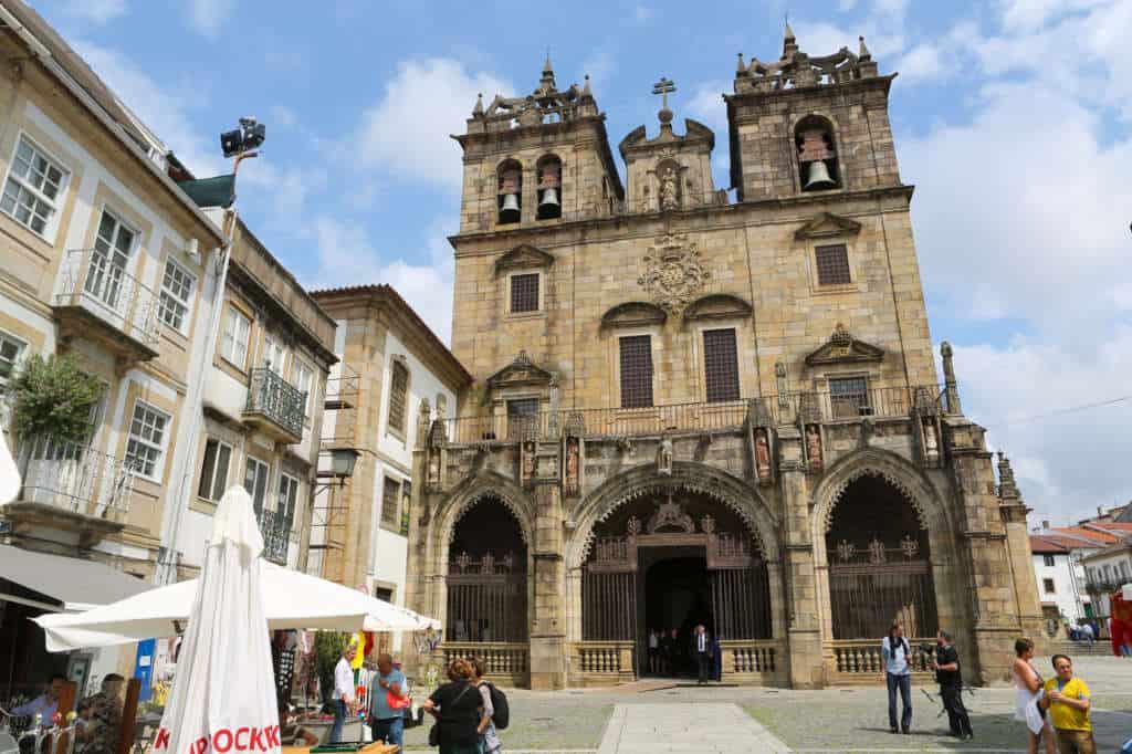katedra Se w Bradze
