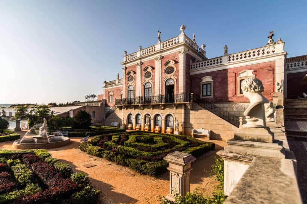 pałac Estoi w pobliżu Faro