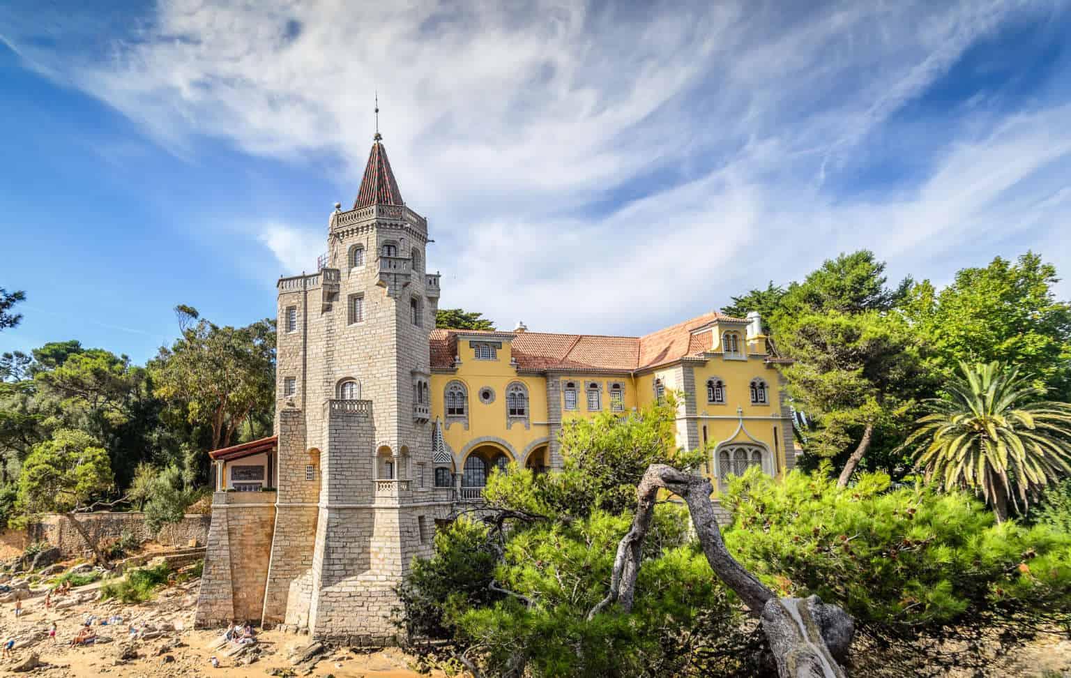 Pałac Condes de Castro Guimaraes w Cascais