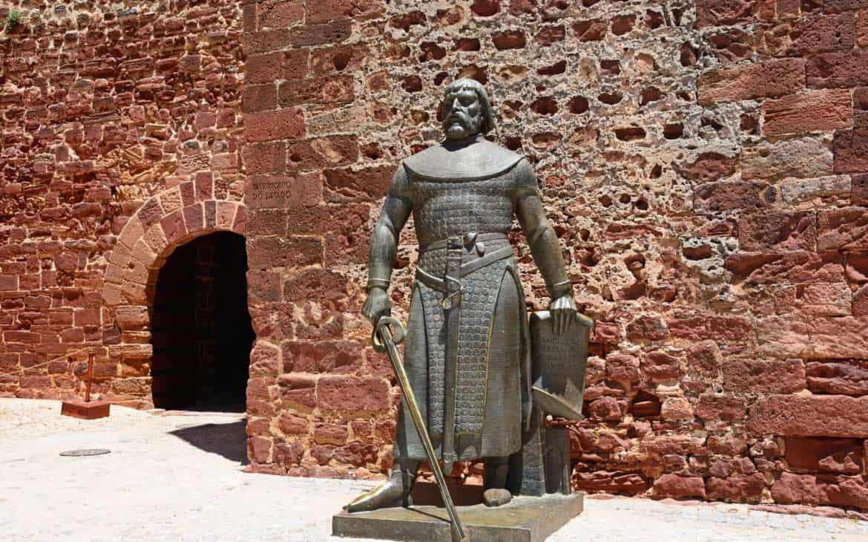 pomnik krola Sancho Silves