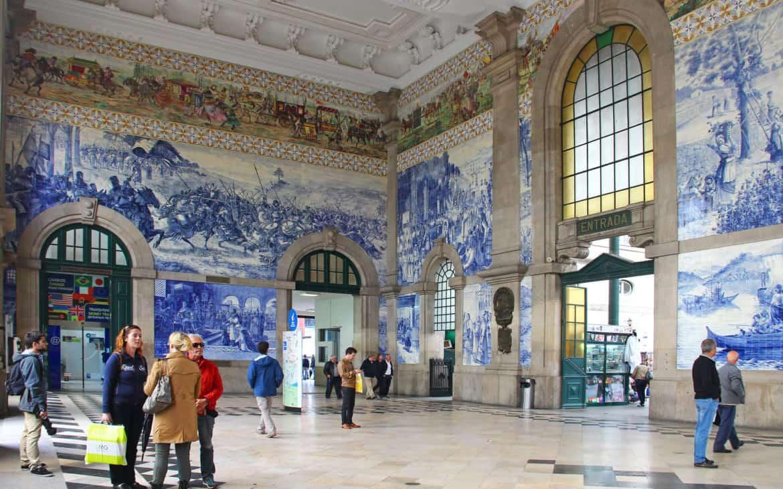 płytki na dworcu kolejowym w Porto