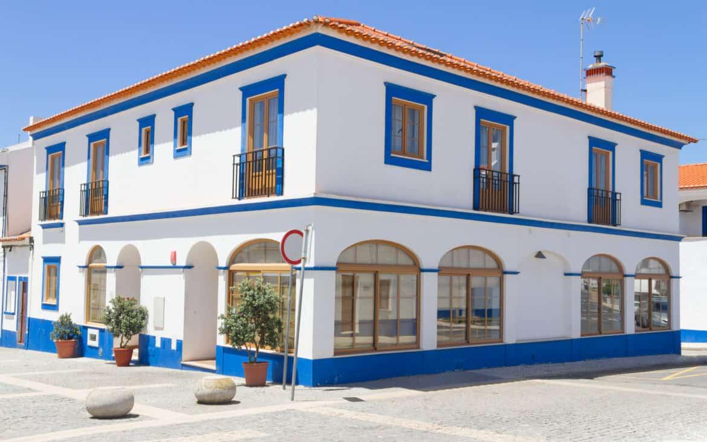 Bielone domy Portugalia