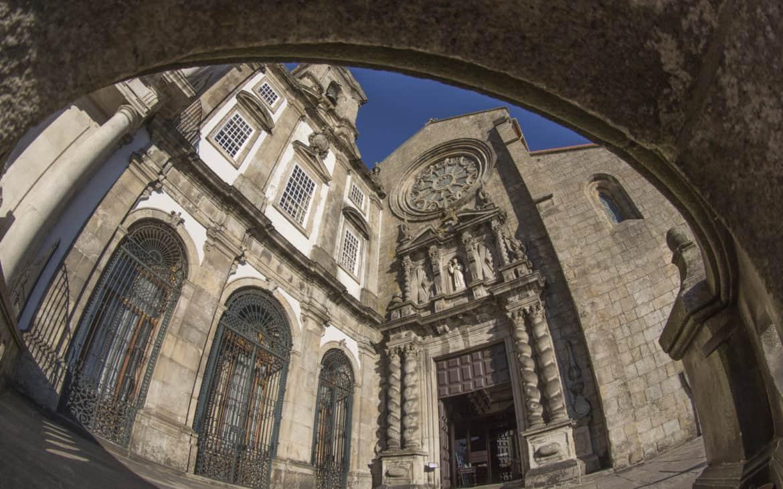 front kościoła św. Franciszka - rybie oko