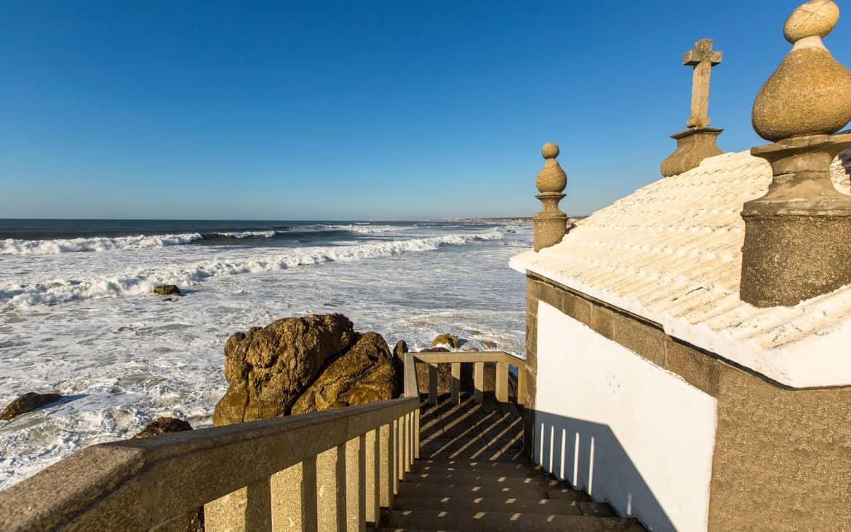 kaplica na plaży w Miramar