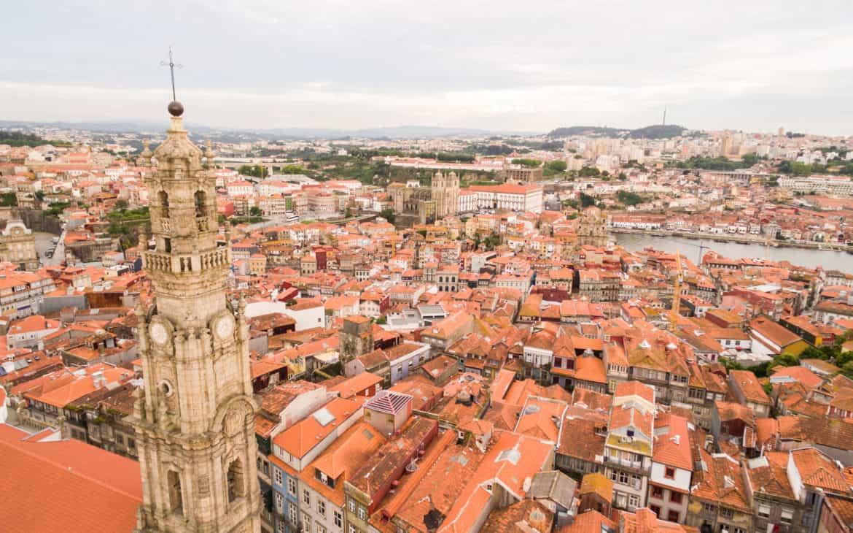 Wieża i kościół Kleryków w Porto