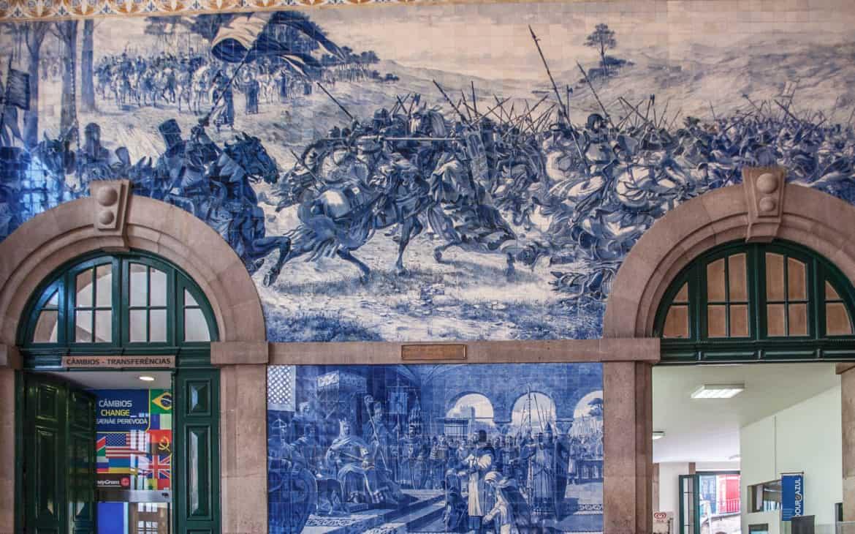 wojna z Leon na kaflach azulejos