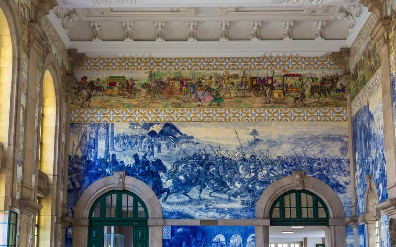 wojna z leon na płytkach azulejos