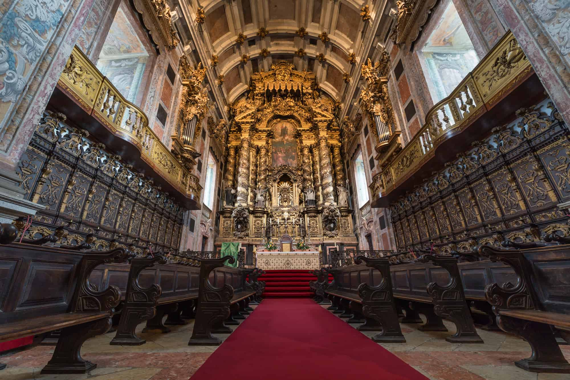 wnętrze katedry Se w Porto