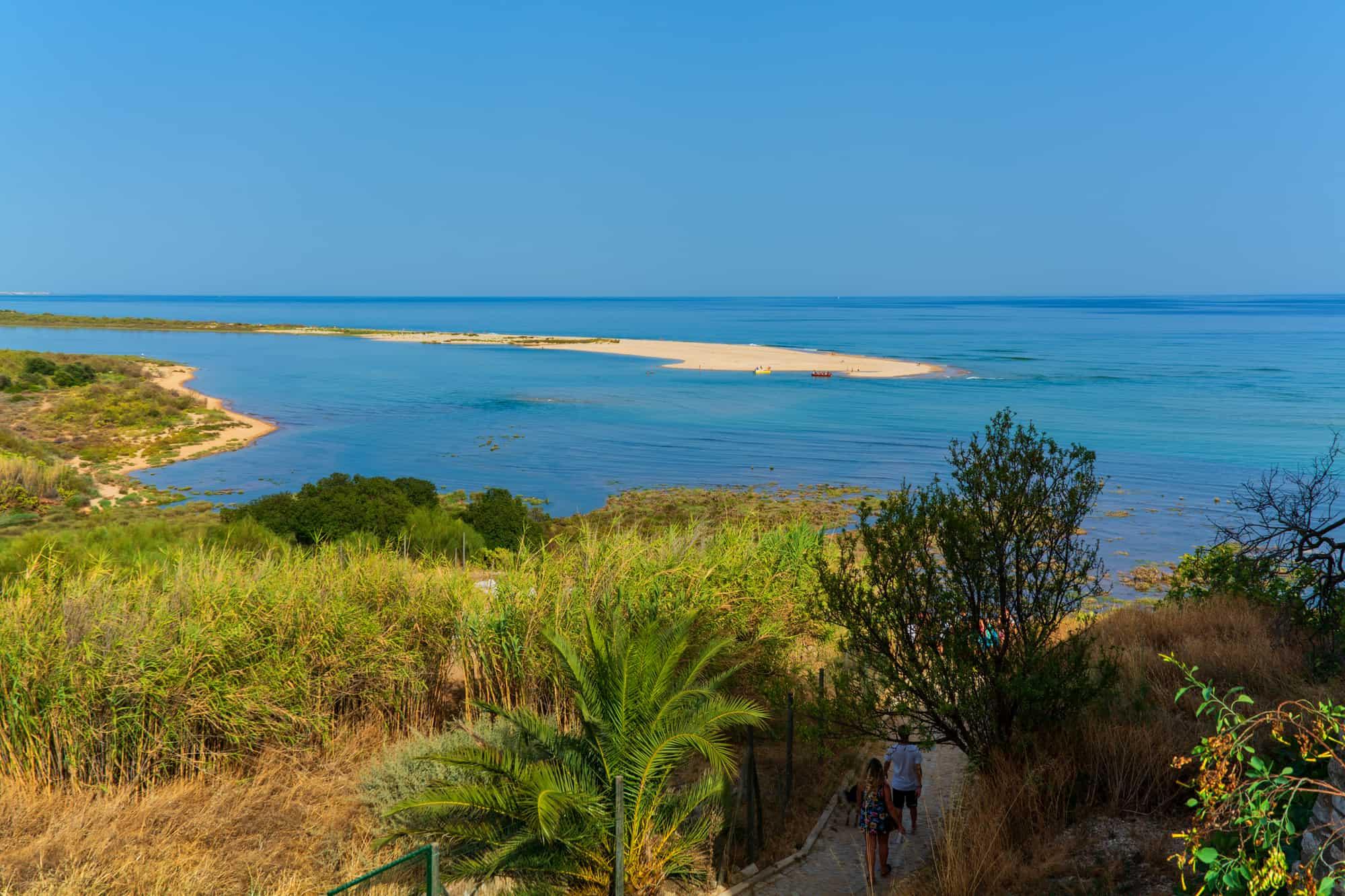 widok na plażę w Cacela Velha