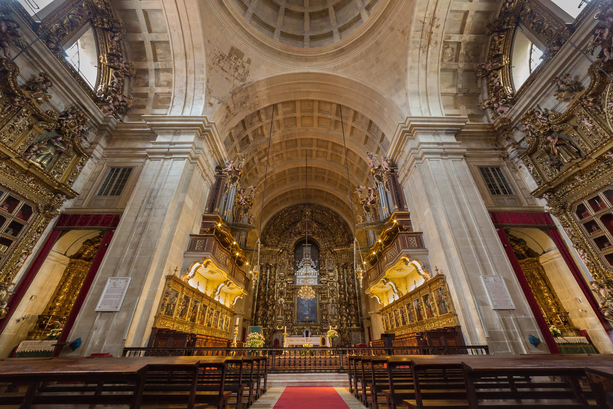widok na katedrę w Porto