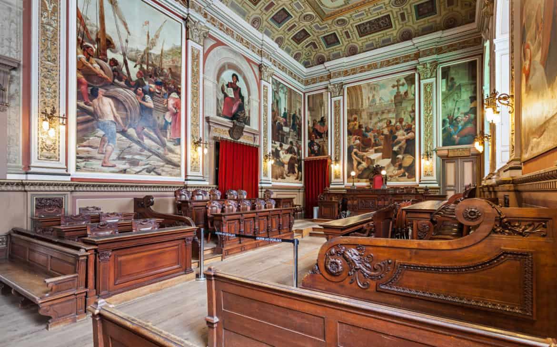 sala sądowa w pałacu Giełdy