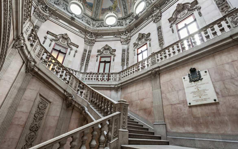 schody w pałacu Giełdy